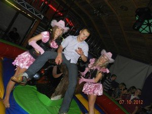 Western party (1)