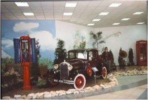 wystawa samochodów zabytkowych 9
