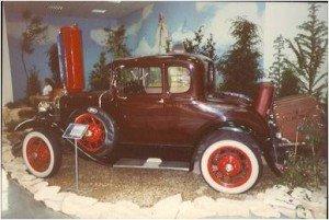 wystawa zabytkowych samochodów 1